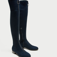 ZIPPED FLAT OVER-THE-KNEE BOOTS DETAILS