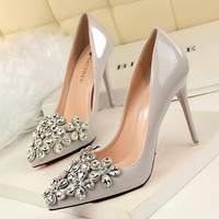 Fashion Crystal Flower Wedding Shoes Rhinestone High Heels Ladies Party Stiletto Pointed Toe Patent Leather Women Pumps Red Sole