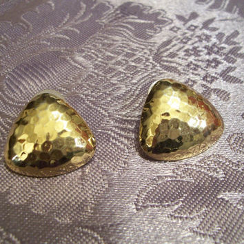 Vintage jewelry,  Triangle Earrings, Gold Tone, Textured Triangle Pierced Earrings, Unsigned,