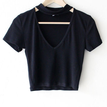 Choker V-neck Crop Top - Black