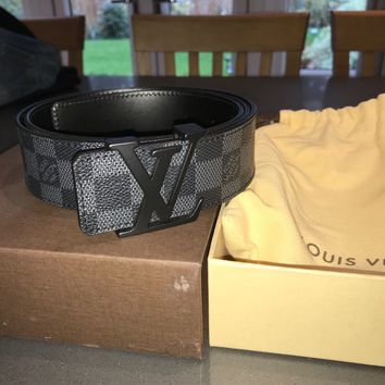 LOUIS VUITTON Belt 100% genuine with box and all packaging. Never been worn.