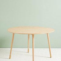 Lisen Dining Table