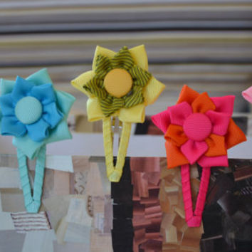 Girl hair clips - flower hair clips - girl barrettes - girl snap clips - lined snap clip.