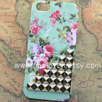 iphone 5 case,Silver studs Iphone case, Mint Green Floral Flower Rose, teal iphone case, teal Iphone 5 Case, iphone 5 Hard Case Cover