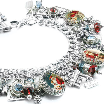 Up on the Roof, Christmas Charm Bracelet
