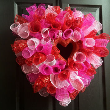 READY TO SHIP Valentines Heart Shaped Spiral Deco Mesh Wreath