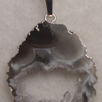 NKGeodeS150 Sterling Silver Necklace made with Unique Piece of Geode Pendant