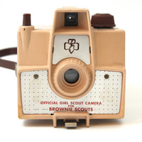 Tan/Beige Official Girl Scout Brownie, Imperial Mark XII Camera | Debuted 1957 | #620 Film | 1950s Photography