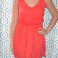 Loose-Fitting Solid Red Sleeveless Chiffon Dress
