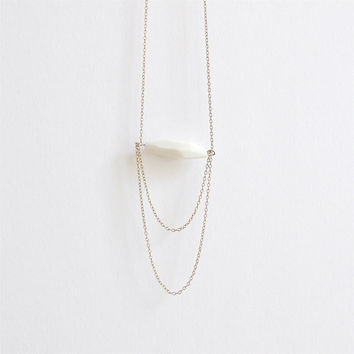 L e n e a - Layered necklace - Minimalist jewelry - Long fine faceted porcelain bead & gold-filled - Eleïa Collection