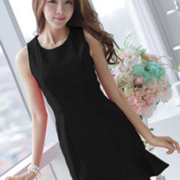 Solid Color Fishtail Hem Bodycon Sleeveless Black Homecoming Dress