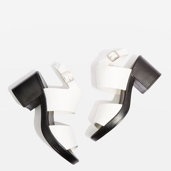Daphne Chunky Sandals | Topshop