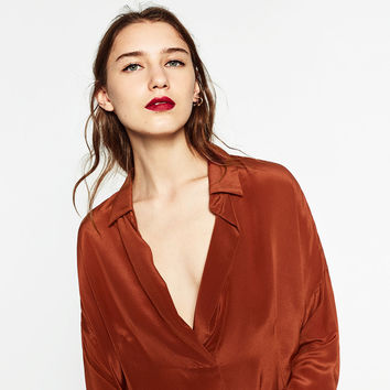 SILK BLOUSE Look+: 1 of 2