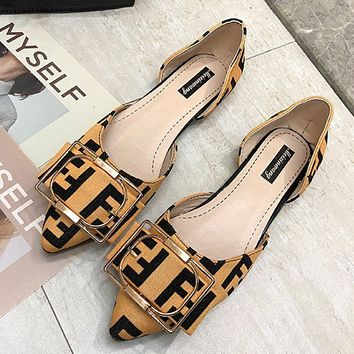 Free shipping-Fendi shallow mouth letter ladies square low heel shoes Yellow