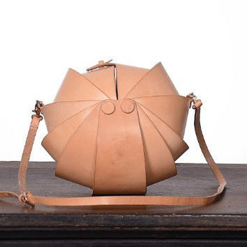 Leather Handmade Handbag  Round Nude  Color