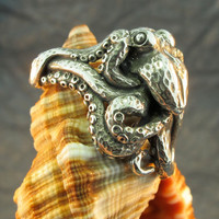 Silver Octopus Ring by martymagic on Etsy