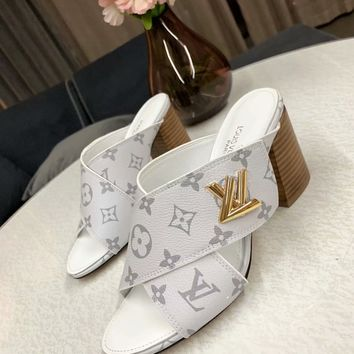 Louis Vuitton LV Flip Flop Sandal Women Slipper White