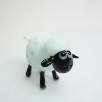 hand-blown Sheep Glass Miniature, Animals Glass, Art Glass, Blown Glass, Sculpture Made Of Glass