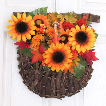 Autumn Decoration Bounty Basket, Autumn Wall Decor, Rustic Floral in Basket