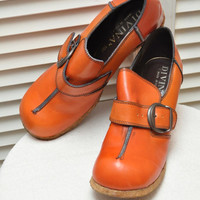 Designer 70s Vintage Leather Shoes Divina Made in Italy 3 inch Wedge Heel Crepe Sole Loafer Style with Buckle Tawny Brown