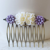 Purple and Ivory Flowers Hair Comb. Vintage Style Resin Flower Cabochons Antique Bronze Filigree Hair Comb. Wedding Bridal Bridesmaid Gift