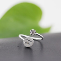 925 Sterling Silver 12 Constellation Ring (Aquarius)