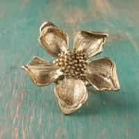 Antique Daisy Ring at Free People Clothing Boutique