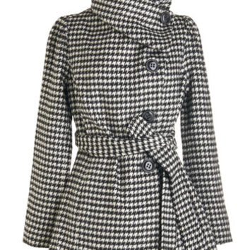 ModCloth Vintage Inspired Long Long Sleeve Carefully Chosen Coat in Houndstooth