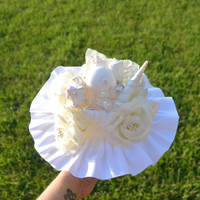 White Seashell Wedding Bouquet, White and Cream Bridal Bouquet , Beach Theme Wedding