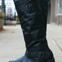The Equestrian Lover's Boot - Black