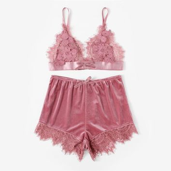 Elegant Two Women Pink Applique Detail Lace Bralette and Velvet Shorts Set Women