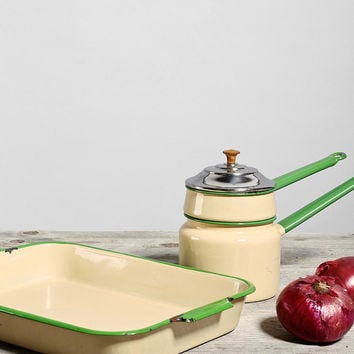 Vintage Green Enamelware Set - Urban Outfitters
