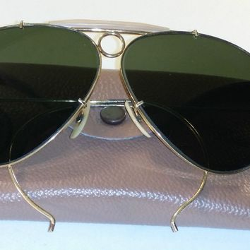 64094e95296a23 CIRCA 1960 s B L RAY BAN G15 UV ARISTA GOLDPLATED SHOOTING AVIATOR  SUNGLASSES