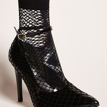 Fishnet Faux Patent Pumps