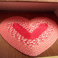 Valentine's Dollhouse Rug. Miniature, Heart Shaped Braided Rug. Red, Pink, and White. Handmade.