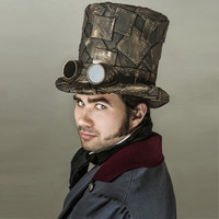 Top hat steampunk with welding goggles