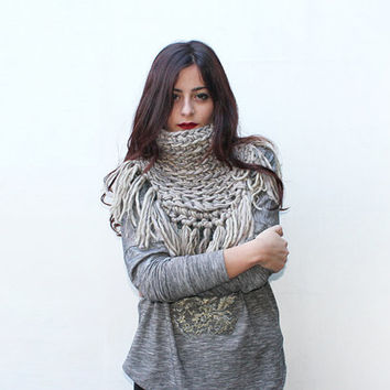 Grey Chunky Knit Cowl, Winter Accessories, Unique Scarf, Crochet Neckwarmer, Fringe Scarf, Gift Ideas For Her