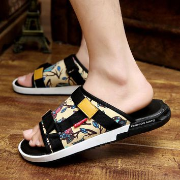2017 NEW Summer Korean slippers summer British character pad shoes personality cool tidal hand men sandals non - slip beach shoe