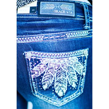 GRACE IN L.A. SNOW FEATHERS BOOTCUT JEANS