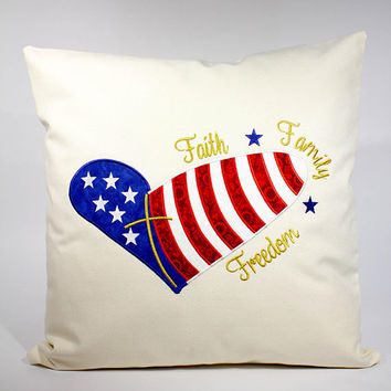 Patriotic Decor, American Flag Pillows, Patriotic Pillows, Rustic US Flag Decor,  Rustic Flag Decor, 4th of July Decor, Americana Decor