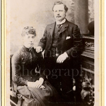 Cabinet Card Photo Victorian Young Smart Married Couple, Wasp Waist Portrait - Photographer Unknown - Antique Photograph