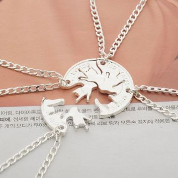4 pcs/set Rock Gestures Hand Splicing Pendant Necklace Women Men Creative BFF Best Friends Necklaces Friendship Cut Coin Jewelry