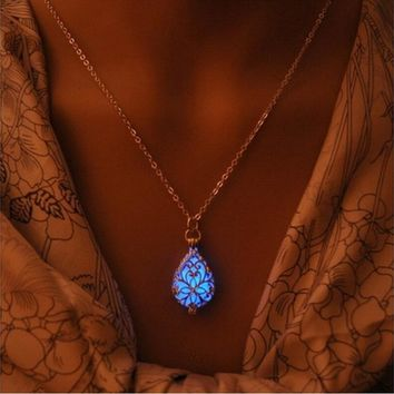 Fashion Wishing Tear Drop Magical Fairy Glow in the Dark Steampunk Pendant