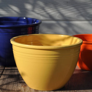 Fiesta Ware Bowl, #4 Mixing Bowl, Vintage Original Yellow Glaze, Art Deco Design, Homer Laughlin Fiestaware Dishes Circa 1938 - 1942!