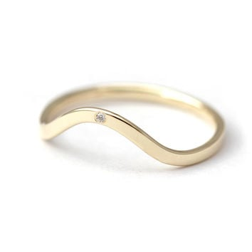 Curved Wedding Ring - Diamond Wedding Band - 14k Solid Gold