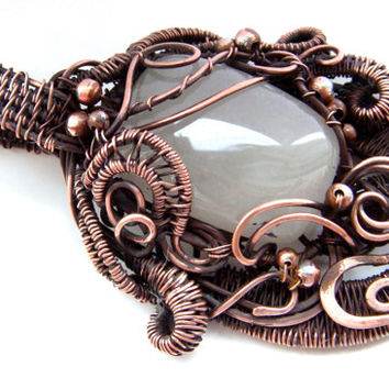 Copper Wire Wrapped pendant FREE SHIPPING, agate.