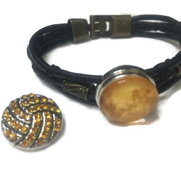 Golden Hue Fashion Snap Jewelry Leather Bracelet Set With 2 Charms Modern And Classy