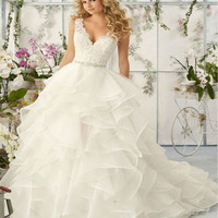 New Arrival Lace Ball Gown Wedding Dress 2017 Sexy V Neck Backless Beading Vestido De Noiva 2016 Organza Ruffles Wedding Gowns