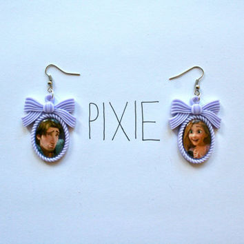 Tangled bow cameo earrings Rapunzel and Flynn Tangled