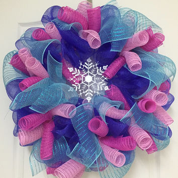 Christmas Wreath - Spiral Wreath - Snowflake Wreath- Deco Mesh Decor - Holiday Home Decoration - Christmas Decoration - Deco Mesh Wreaths